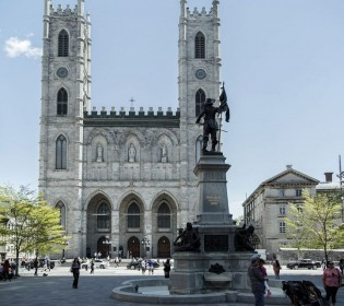 Religious heritage and tourism: the stakes of religious heritage for Montreal