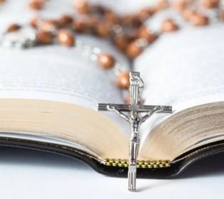 Les archives religieuses au Québec : bien public patrimonial ?